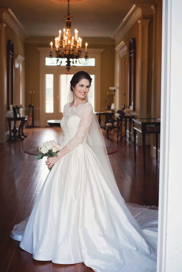Arlington Plantation indoor bridal portrait