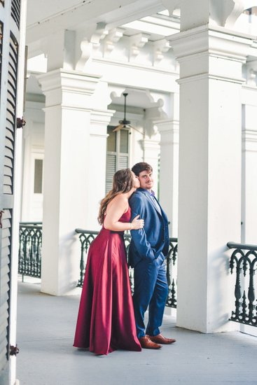 Engagement photography at Nottoway Plantation
