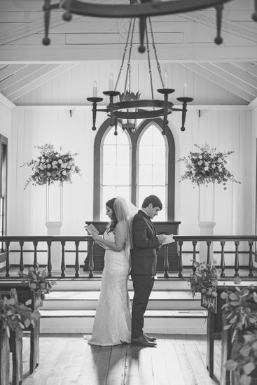 Wedding pictures St. John Episcopal Church