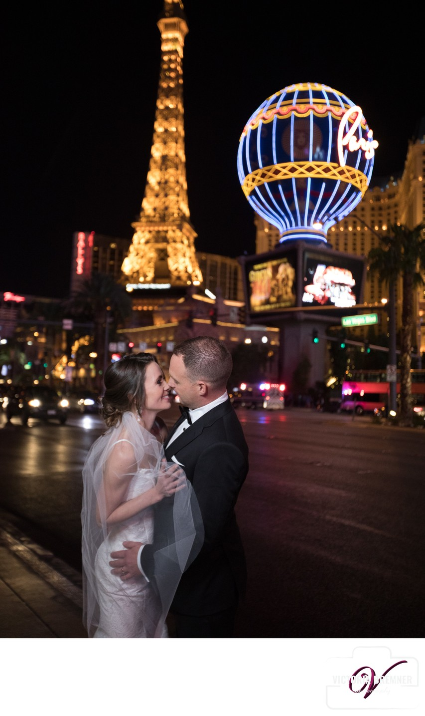 Las Vegas Strip Destination Micro Wedding Portraits