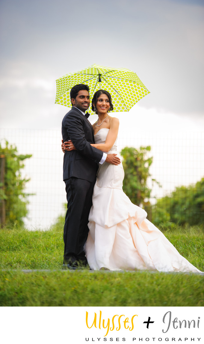 INDIAN BRIDE GROOM WESTERN DRESS - ULYSSES PHOTOGRAPHY
