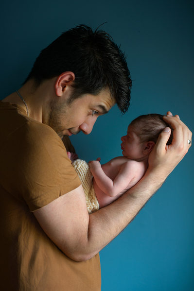 Newborn Photo Shoot Including Dad