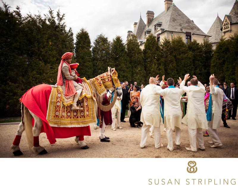 Oheka Castle Wedding | Wedding Photos At Oheka Castle New York Nyc Wedding Portrait