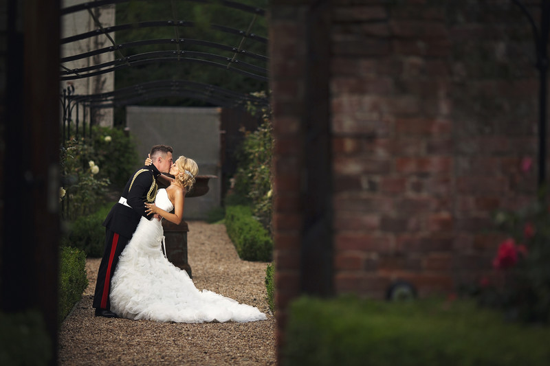 wedding kiss southwood hall norfolk
