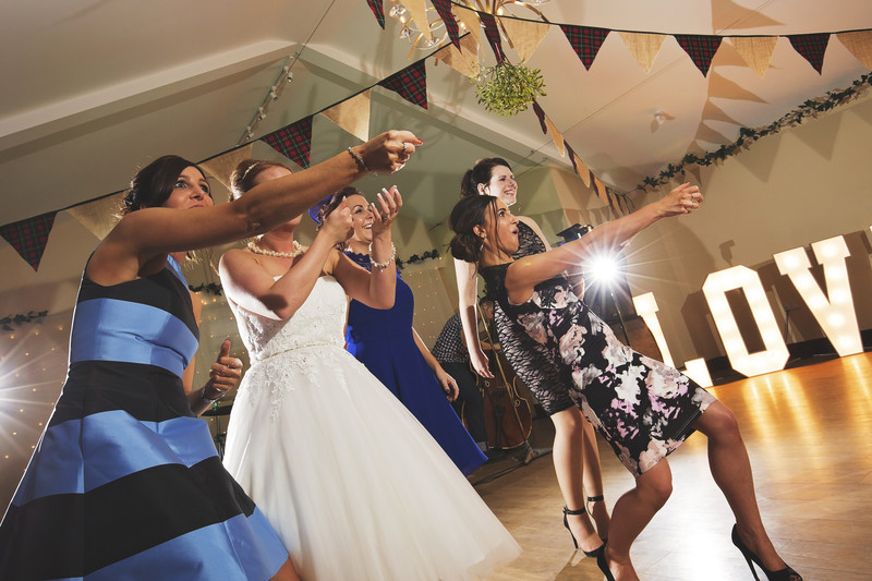 dance floor piggyback barns fakenham wedding photographer