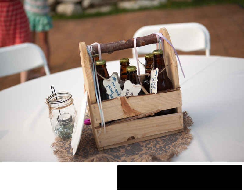 wedding-party-favor-homemade-beer-diy