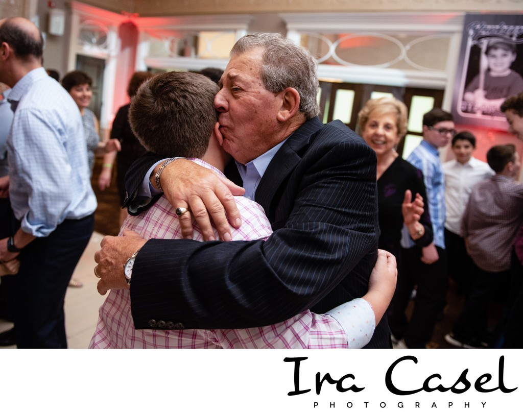 Top NJ Candid Bar Mitzvah Photographer