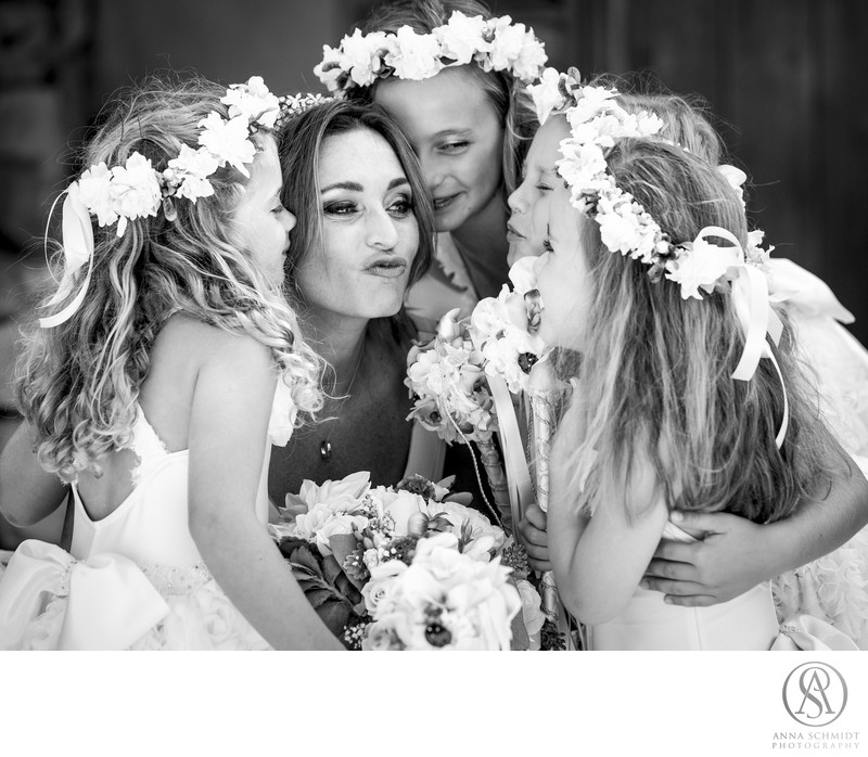 Bride and Flowegirls