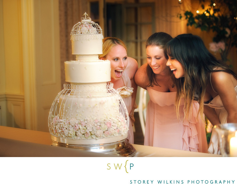 Toronto Wedding Cake at Graydon Hall Manor