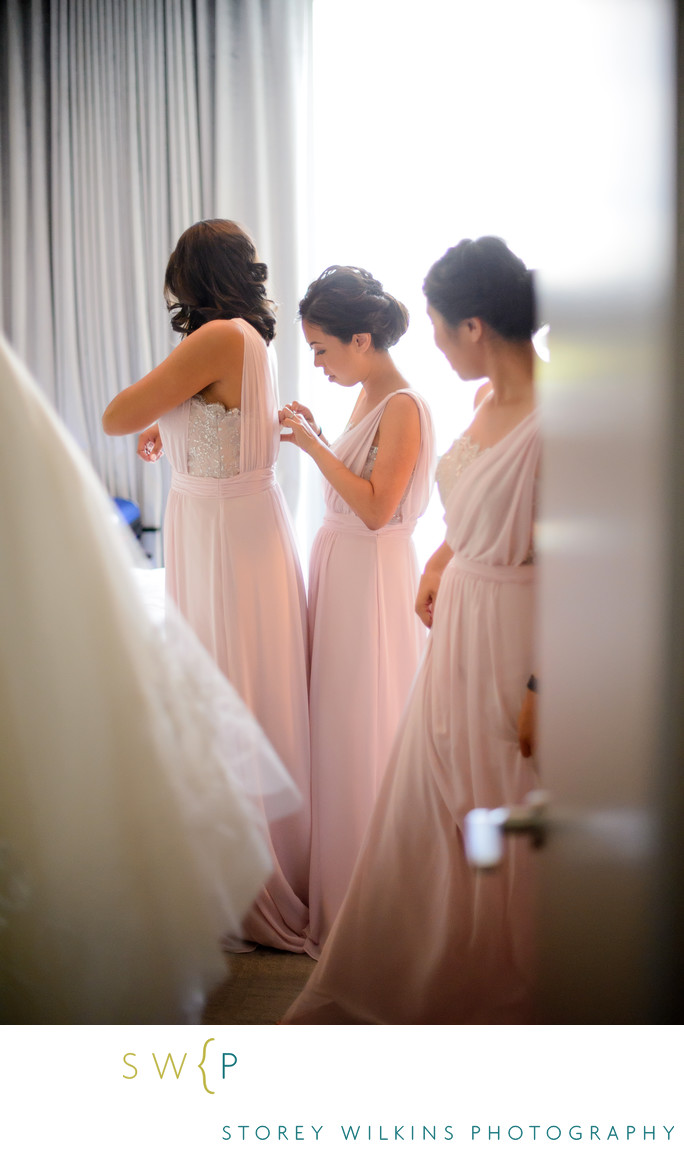 Toronto Wedding at Four Seasons Hotel Getting Ready