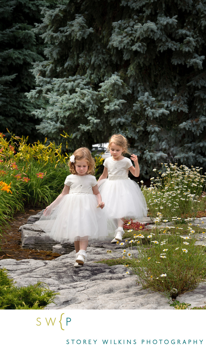 Toronto Wedding Photography with Adorable Flower Girls