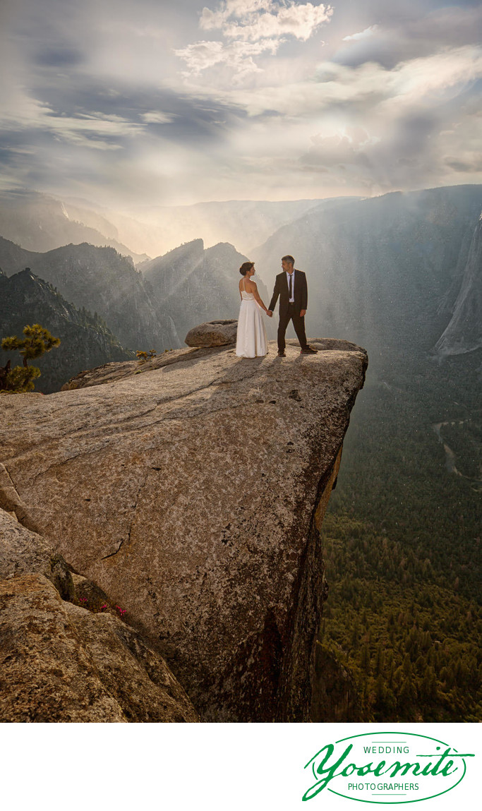 Wedding Taft Point, Yosemite National Park