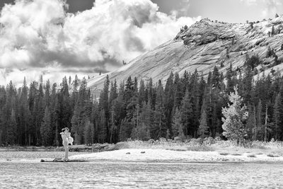 Newlyweds Tenaya Lake, Yosemite