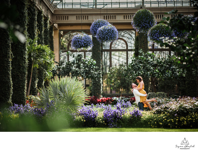 Spring engagement photo session at Longwood gardens