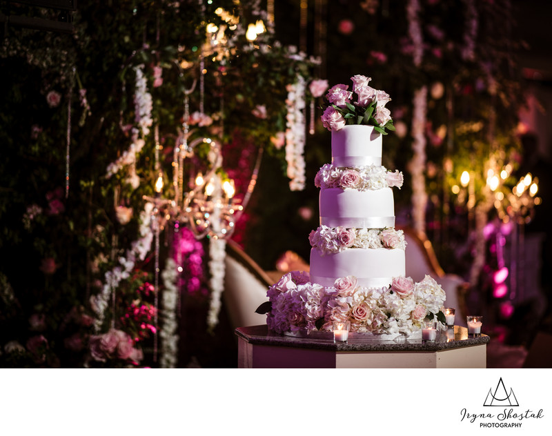 Wedding cake at Westmount country club in Woodland Park