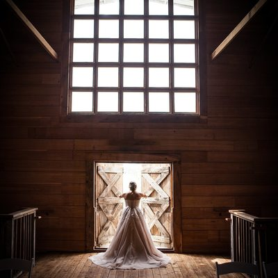 Boise Wedding Photographer White Barn Happy Valley Door