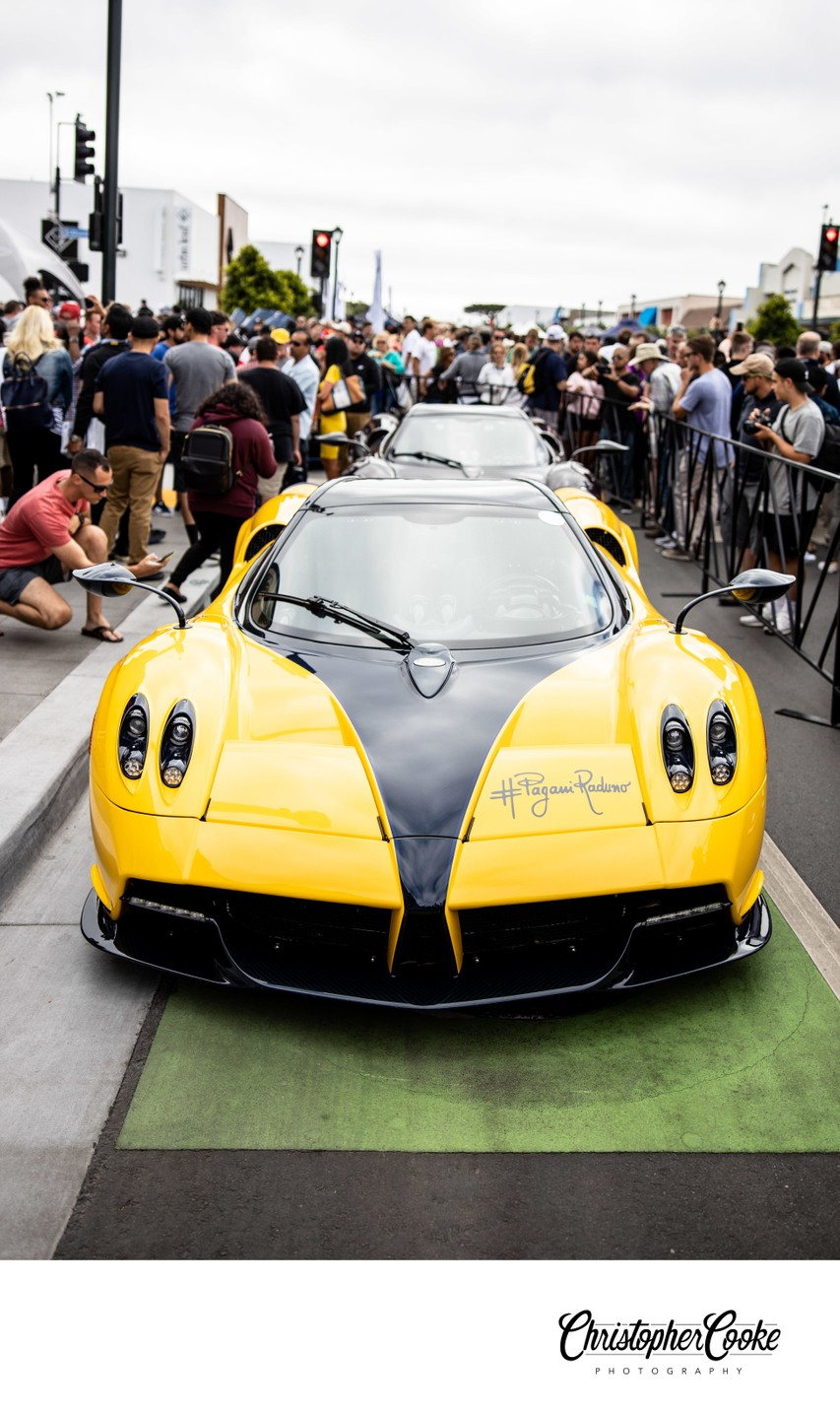 yellow pagani huayra