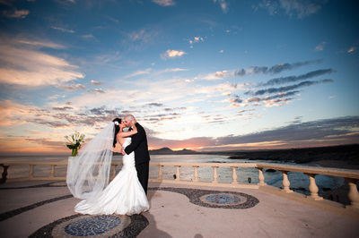 Sunset Mona Lisa Cabo Wedding Photographer