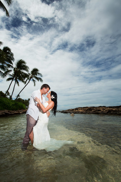 oahu wedding photographer aulani wedding