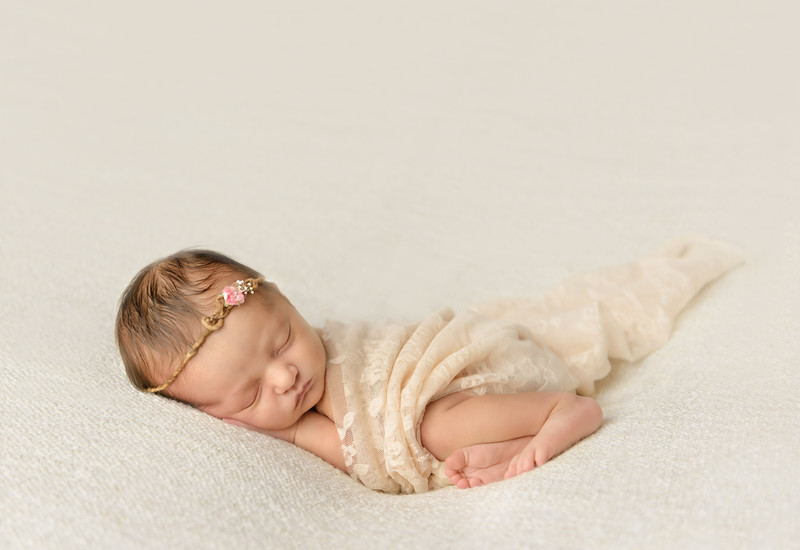 Portland newborn Baby Photographer in antique lace