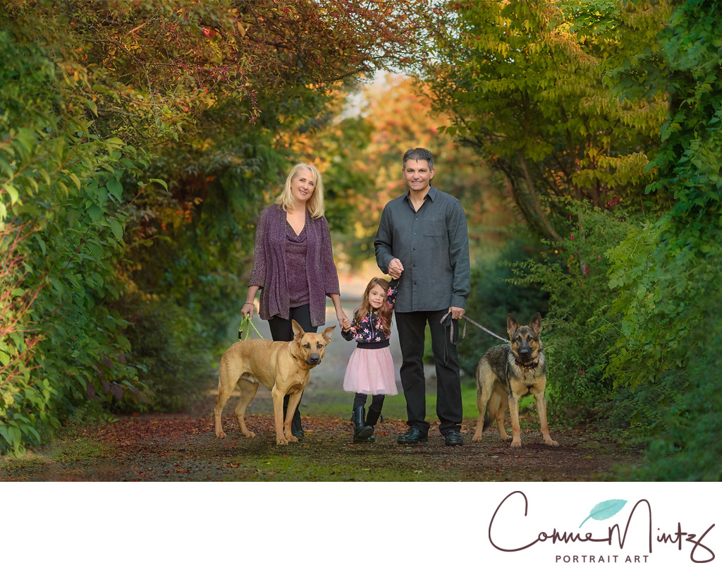 Family Photographer in Southwest Washington with dogs