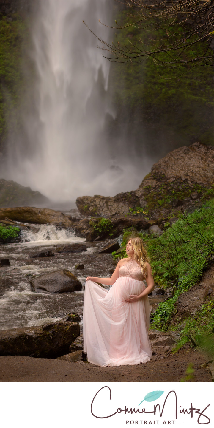 Vancouver Maternity Photographer- Latourell Waterfall