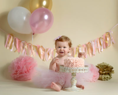 Cute Baby Pictures- Cakesmash