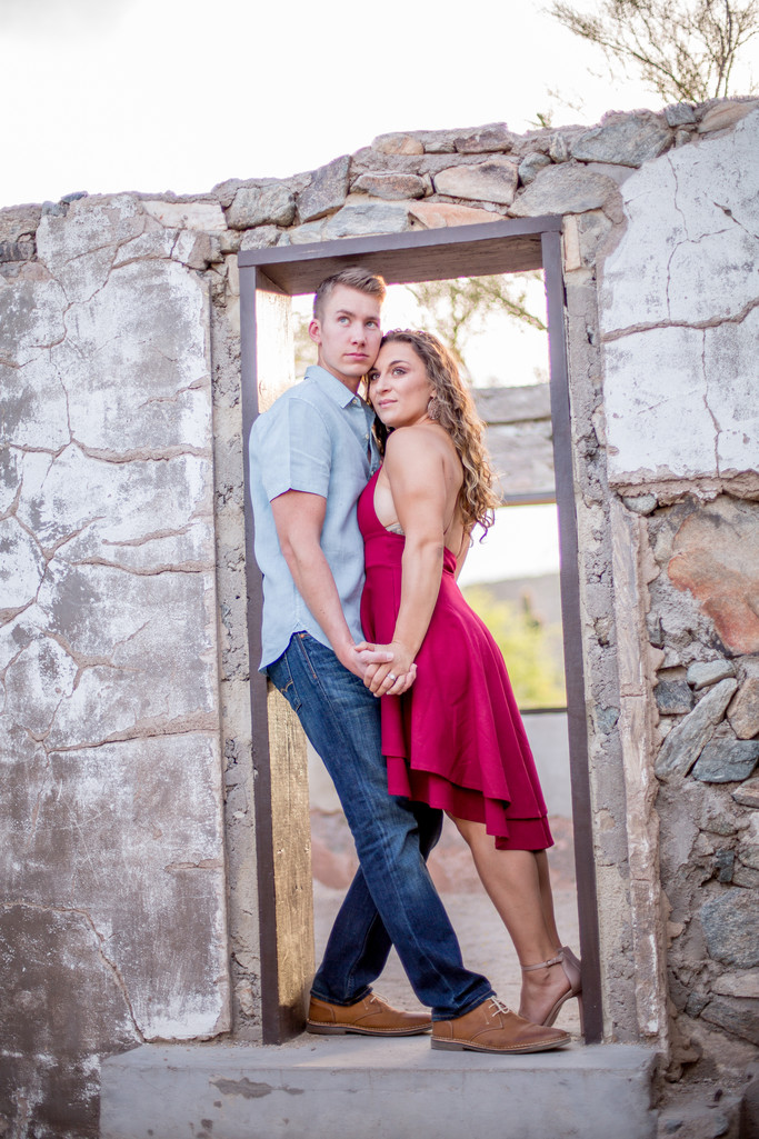 Abandon Building at South Mountain Engagement Session