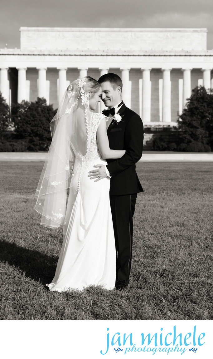 Bride and Groom Portrait in front of the Lincoln Memorial