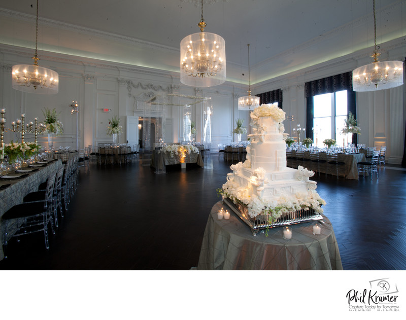 Cescaphe Downtown Club Wedding Venue by Phil Kramer