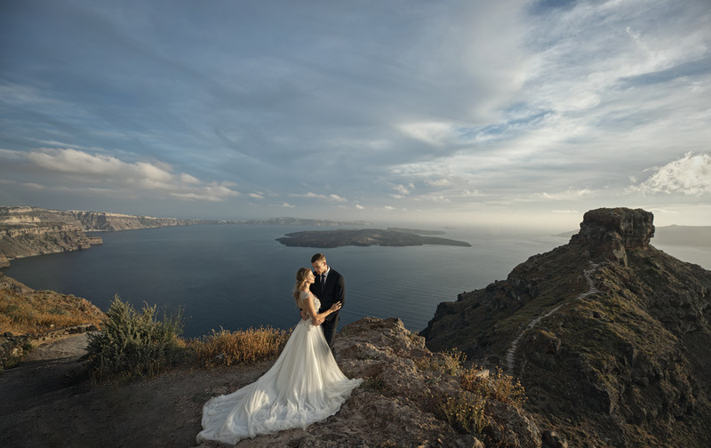 Wedding photography in Santorini, Greece