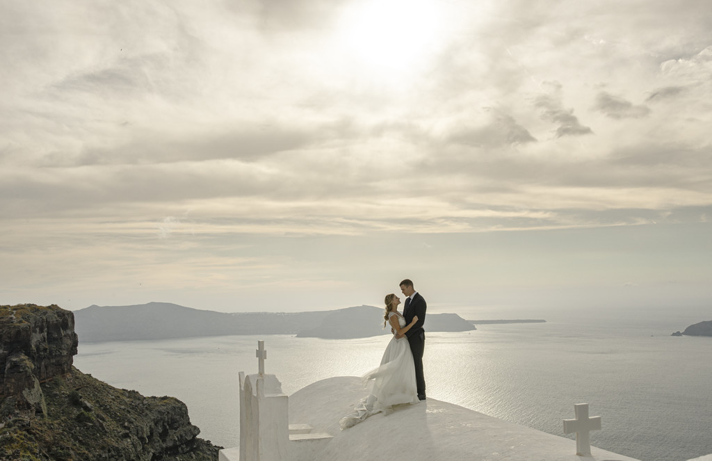 wedding Sunset Photos in Santorini Greece