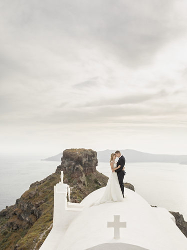 Wedding Photos in Santorini, Greece