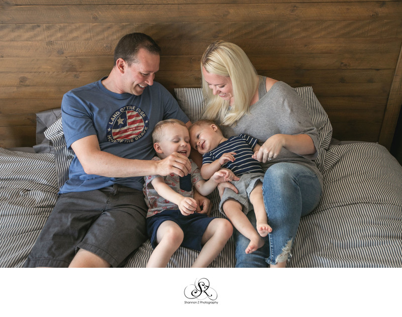 Bed Snuggles: Lifestyle Family Photography