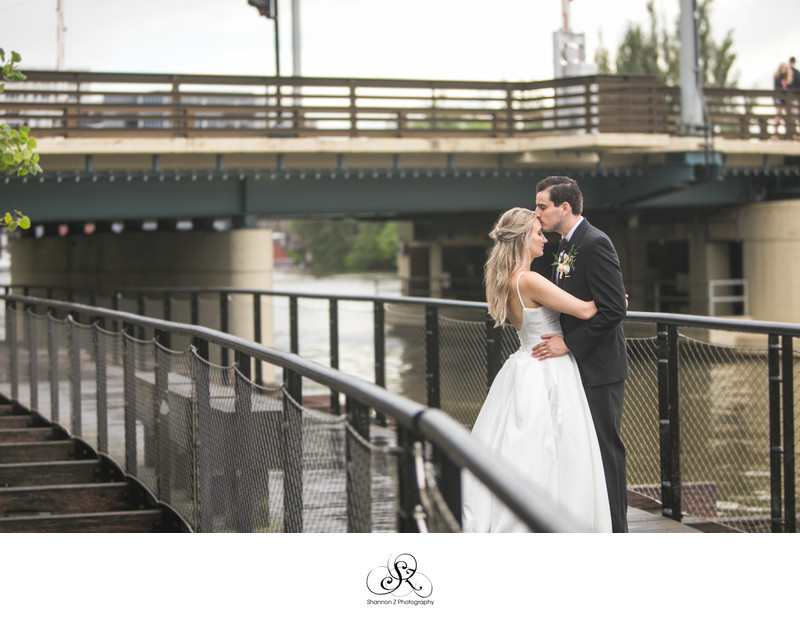 Bride and Groom: Milwaukee River Walk