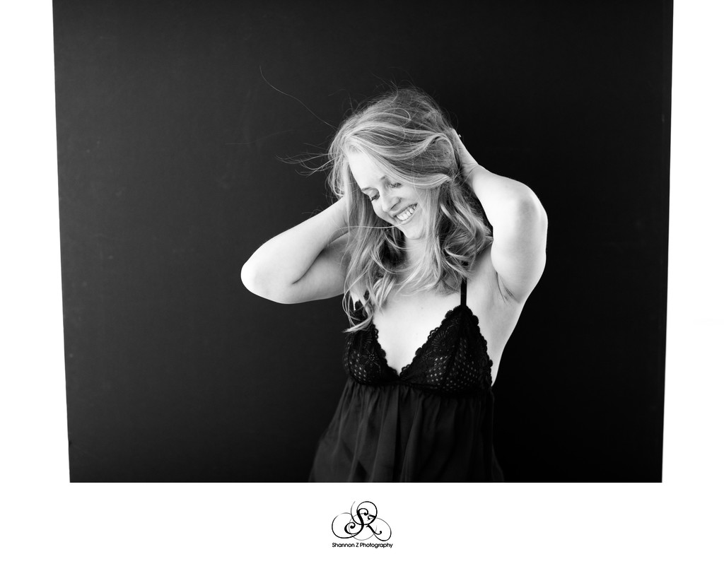Playful Boudoir Photos: Kenosha