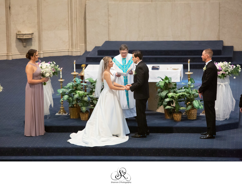 Chruch of the Gesu: Milwaukee Wedding Photographer