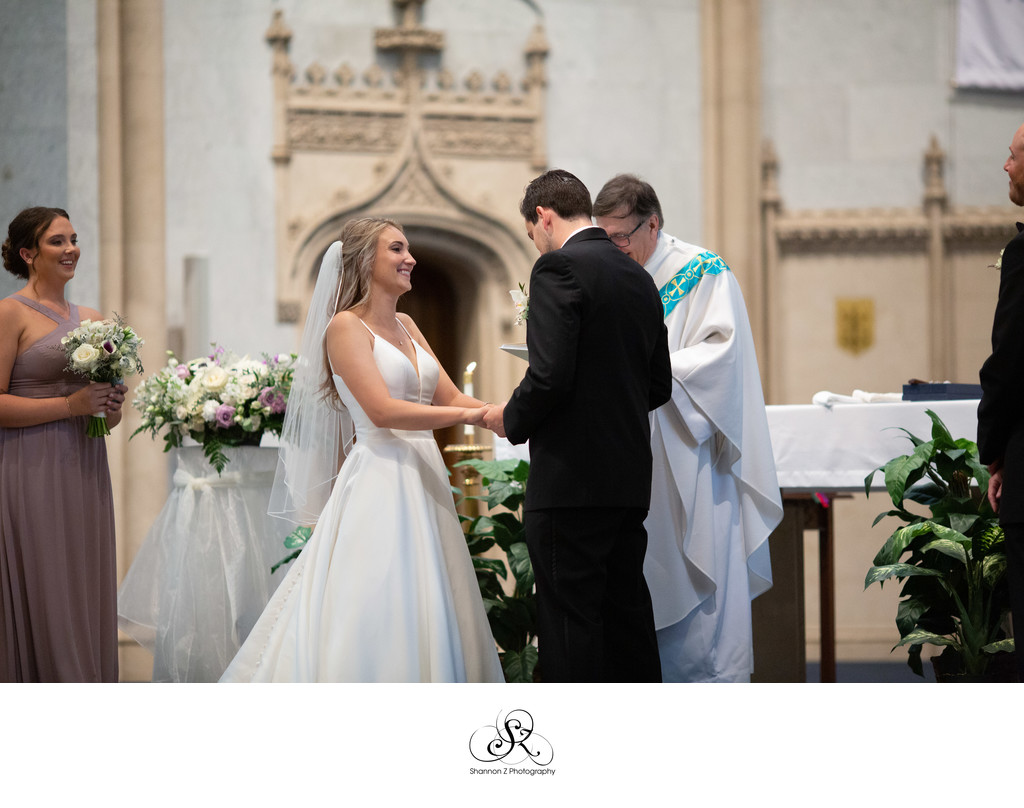 Milwaukee Wedding Photographer: Saying I Do