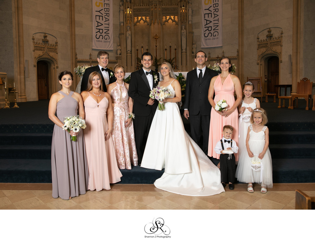 Milwaukee Wedding Photographer: Gesu Church Family Pic