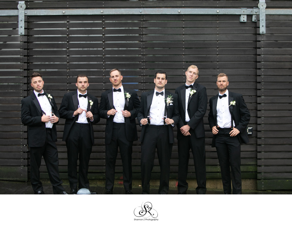 Groomsmen: Milwaukee Wedding Photographers