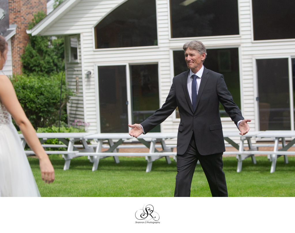 Burlington Wedding Photographer: First Look with Dad