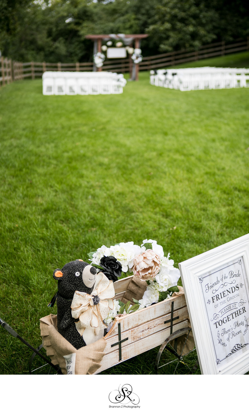 Outdoor Ceremony: Rustic Manor