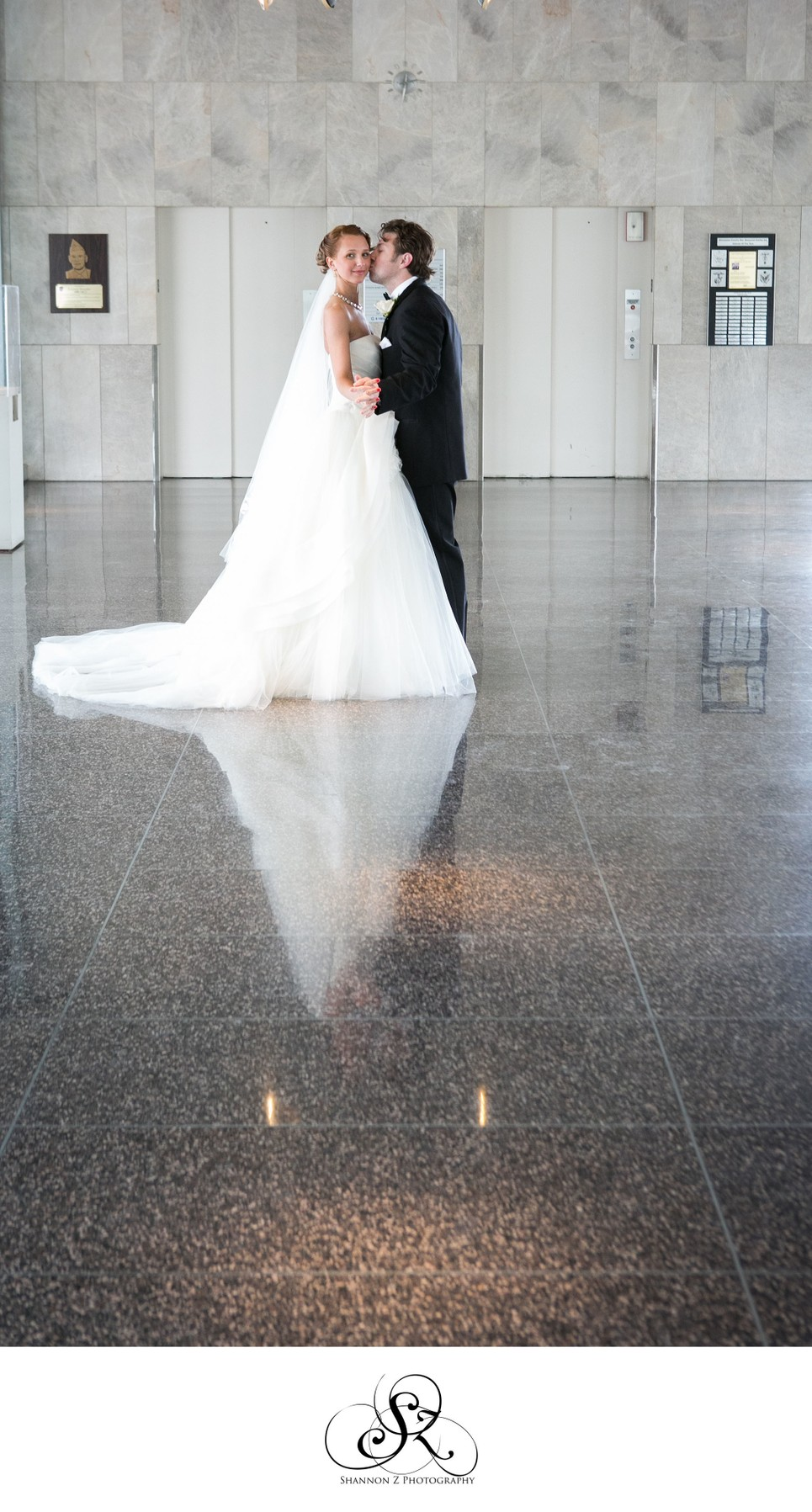 Milwaukee War Memorial Center: Wedding Portrait