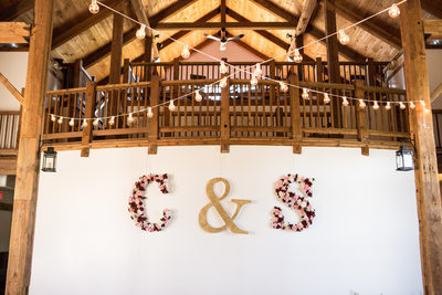 Byron Colby Barn: Reception Decor