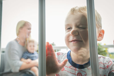 Window Smear: Lifestyle Family Photography