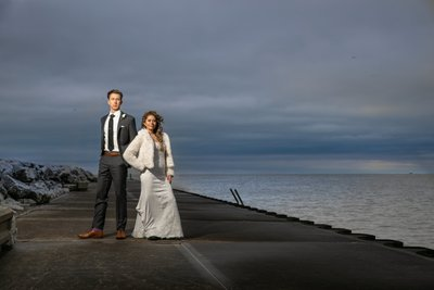 Drama on Lake Michigan: Wedding Portrait in the Winter