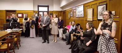 Milwaukee Courthouse Wedding: The Guests