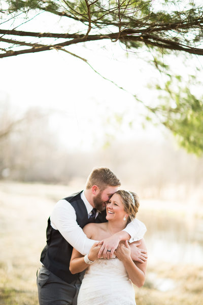 Wedding Snuggle: Weddings at Rustic Manor