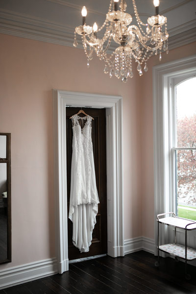 Hanging the Dress: Murray Mansion
