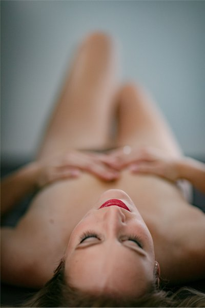 Boudoir Photography: Kenosha Wisconsin Photographer